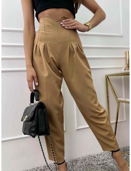 Camelowe spodnie z wysokim stanem beżowe cygaretki